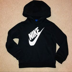 Nike Shirts & Tops - Boys Nike hoodie black size 4T